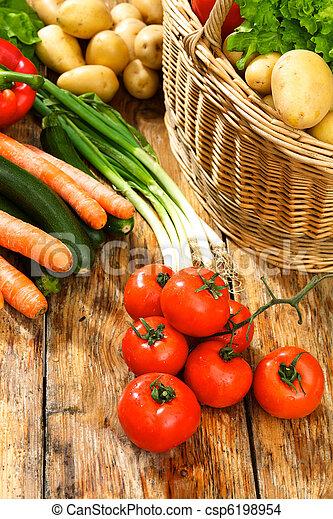 tomato - csp6198954
