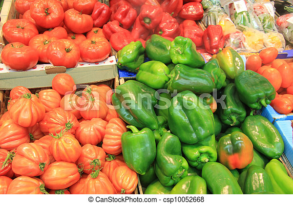tomatoes and paprikas - csp10052668