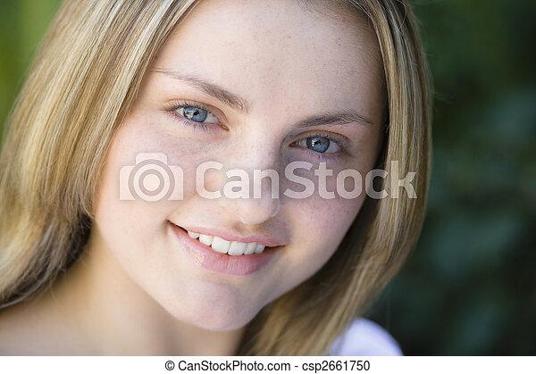 tonåring, stående, flicka - csp2661750
