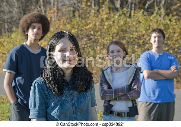 tonåring, vänner, etnisk - csp3348921