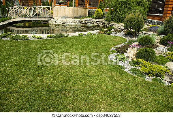 tonnelle, jardin - csp34027553