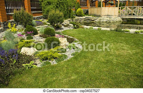 tonnelle, jardin - csp34027527