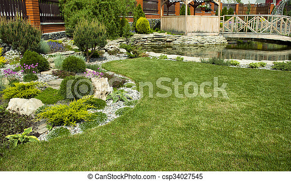 tonnelle, jardin - csp34027545