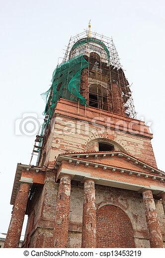 El campanario de la catedral. - csp13453219