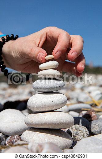 Torre de piedra - csp40842901