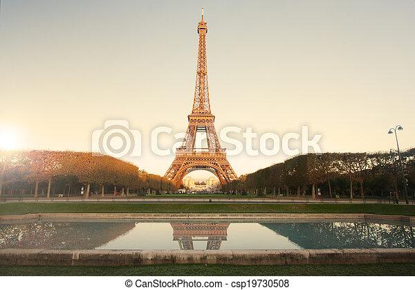 Torre Eiffel - csp19730508
