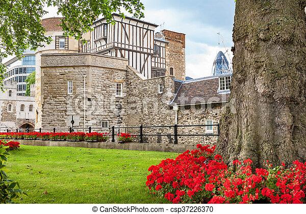 Torre de Londres. Inglaterra - csp37226370