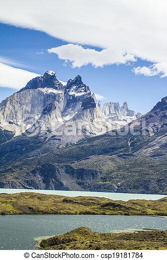 Torres del Paine - Travel - csp19181784