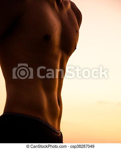 torso, fuerte, ocaso, contra, hombre - csp38287049