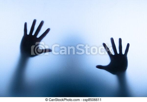 toucher, homme, main, barbouillage, verre - csp8506611