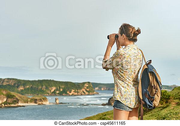 Tourist kueste fernglas wanderer sonnenuntergang hände