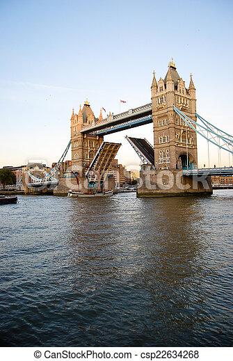 Tower bridge - csp22634268