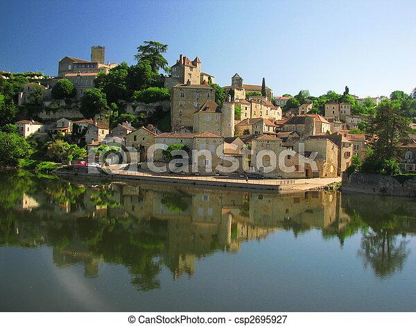 Town Mount Puy Eveque - csp2695927
