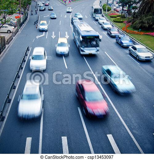 tráfego pesado - csp13453097