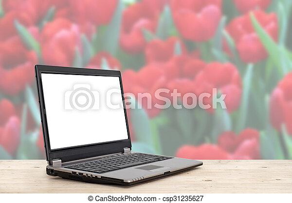 trä tabell, laptop, avskärma, tom - csp31235627