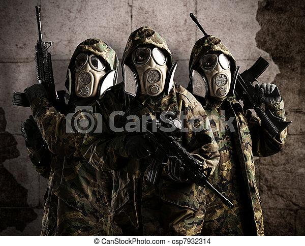 träd, beväpnat, tjäna som soldat - csp7932314