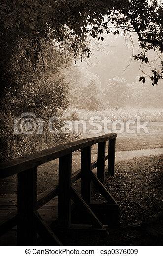 træagtig bro, sepia - csp0376009