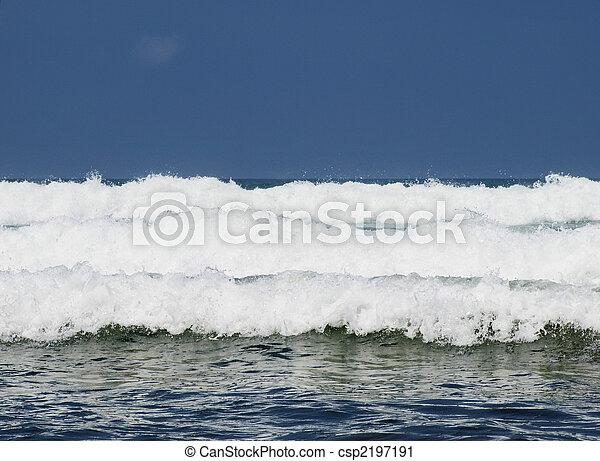 três, ondas - csp2197191