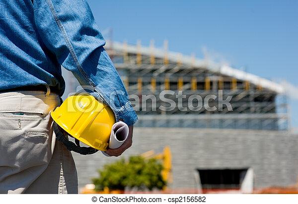 Trabajador de construcción en el lugar - csp2156582