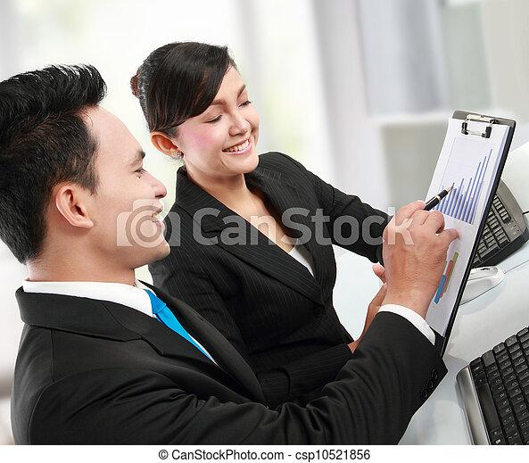 Trabajador de oficina - csp10521856