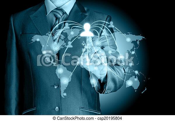 Empresario trabajando con un nuevo programa de computadoras moderno - csp20195804