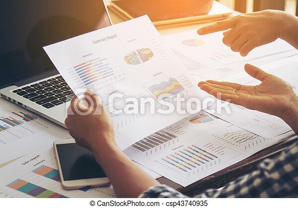 Un concepto de trabajo de negocios - csp43740935