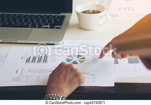 Un concepto de trabajo de negocios - csp43740871