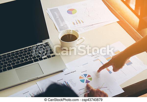 Un concepto de trabajo de negocios - csp43740879