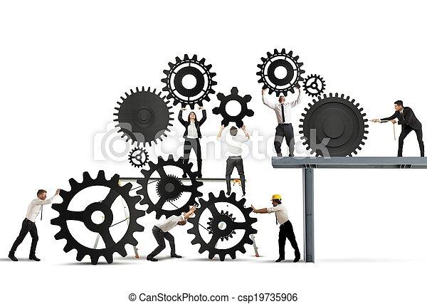 Trabajo en equipo de gente de negocios - csp19735906