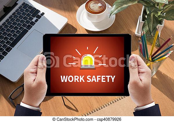 Trabajo seguro - csp40879926
