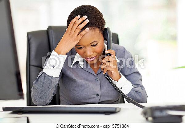 trabalhador, confundido, escritório, africano - csp15751384