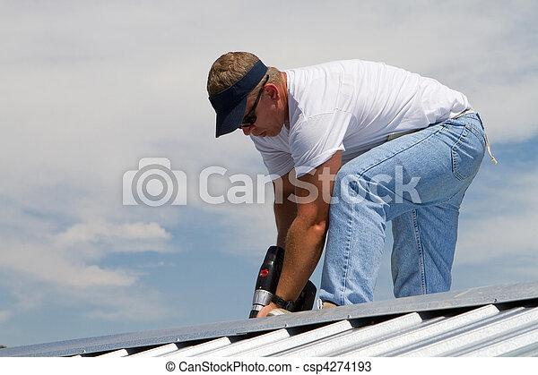 trabalhador construção, telhado - csp4274193