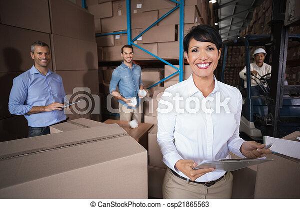 trabalhadores armazém, preparar, remessa - csp21865563