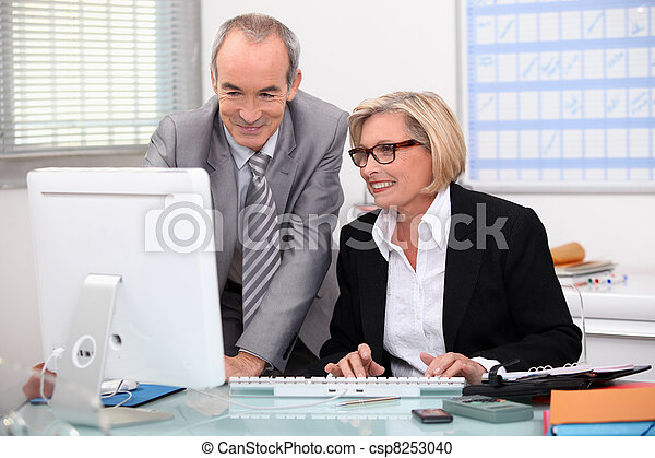 trabalho, escritório - csp8253040
