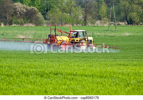 Tractor spraying - csp8560179