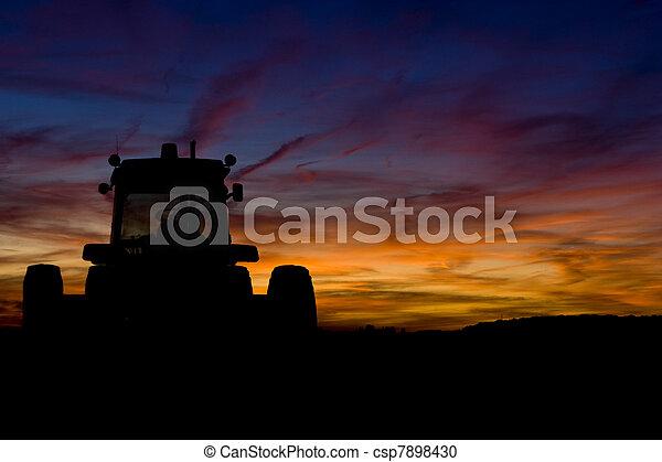 Tractor - csp7898430