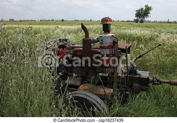 tractor - csp16237439