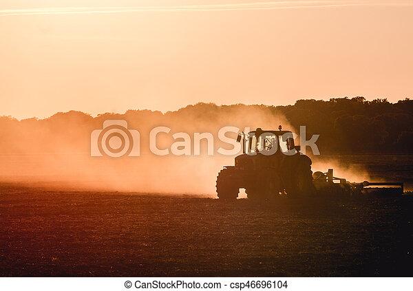 Tractor working - csp46696104