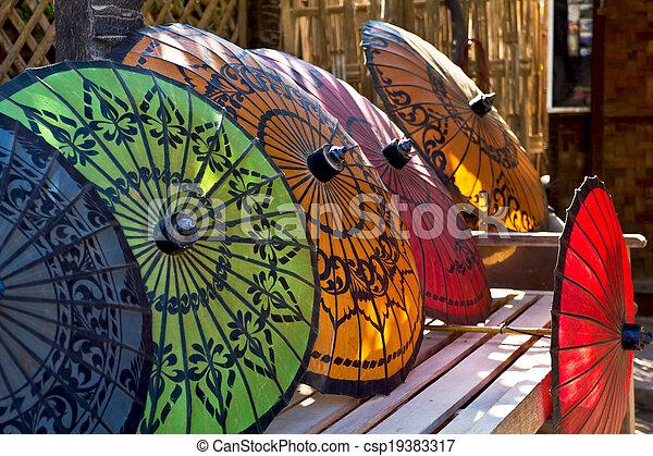 Parasol burmese tradicional - csp19383317