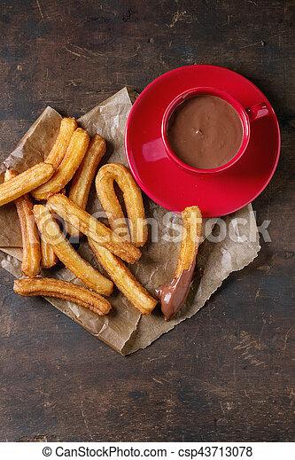 tradicional, churros, espanhol, chocolate - csp43713078
