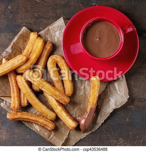 tradicional, churros, espanhol, chocolate - csp43536488