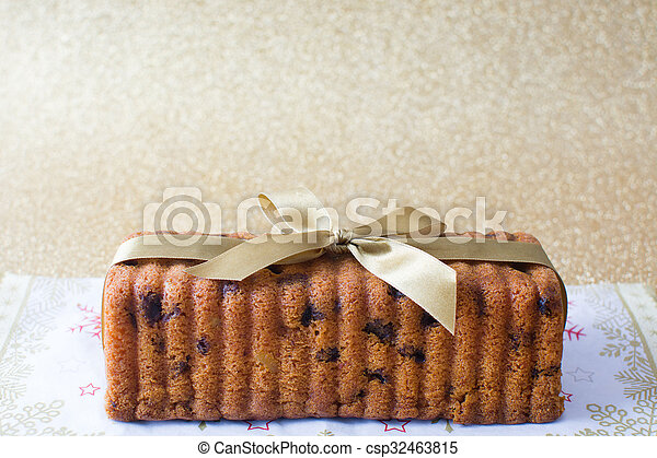 Traditional fruit cake for Christma - csp32463815