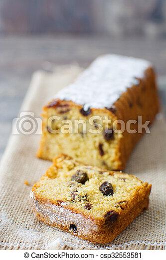 Traditional fruit cake - csp32553581