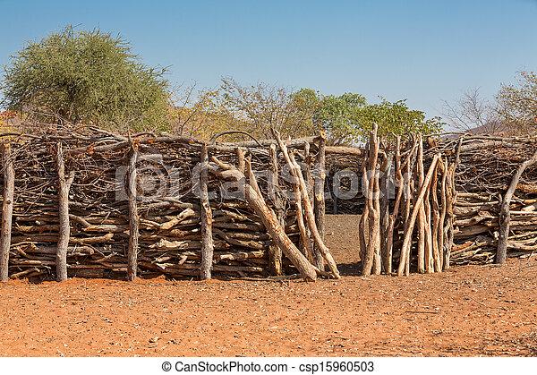 Traditionelle Hütten von Heba-Leuten - csp15960503