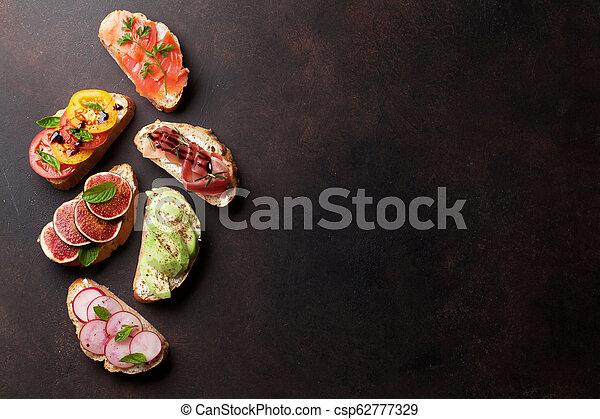 traditionelle , tapas, brushetta, oder, spanischer  - csp62777329