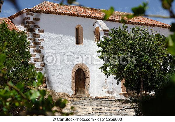 traditionnel maison espagnol tuiles blanchi toit murs photographie de stock. Black Bedroom Furniture Sets. Home Design Ideas