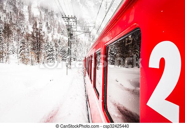 train, neige - csp32425440