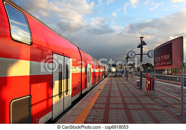 Train on the train station. - csp6918053