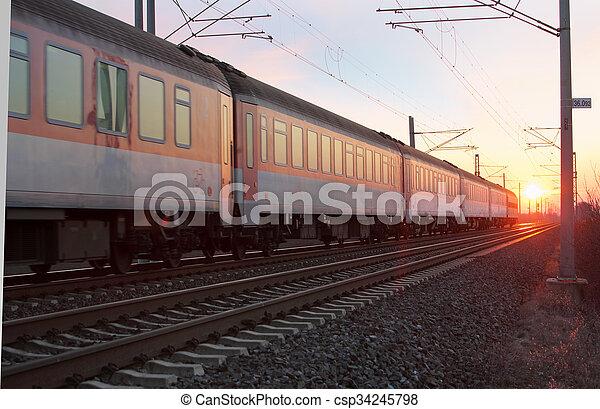 train - csp34245798