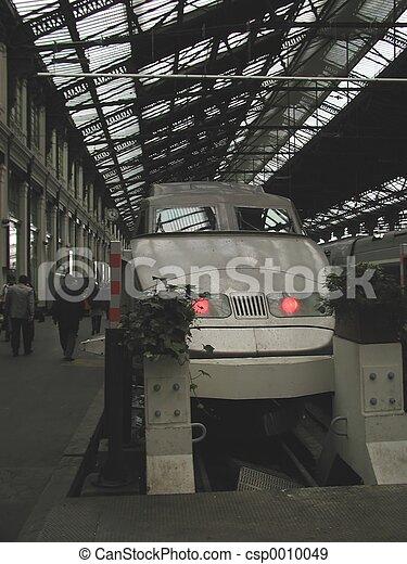 train - csp0010049